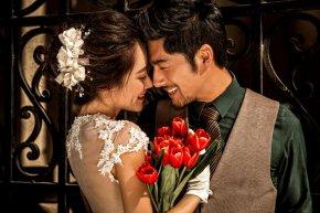 新娘如何将自身形体最美的一面展示给大家