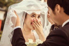拍婚纱照时要深知新娘妆容之美的重要性