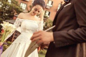 田园风格的新娘婚纱照更易凸显如画般的新娘美