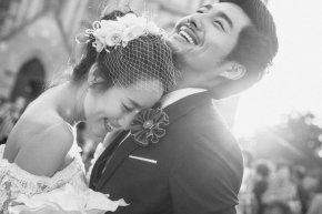 哪种姿态及礼节会让新娘更有气质更受宾客喜好