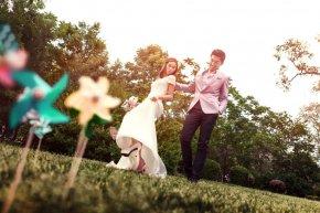 各式各样的花朵可点缀出新娘的芊芊玉手