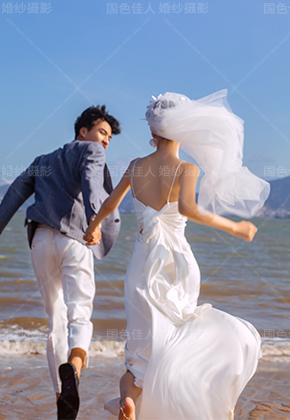 纪实系列海边沙滩婚纱照